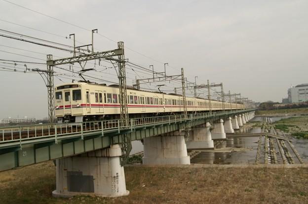 多摩川を渡る前パン6000系の準特急