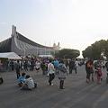 写真: Perfumeライブに向かう人@代々木体育館04