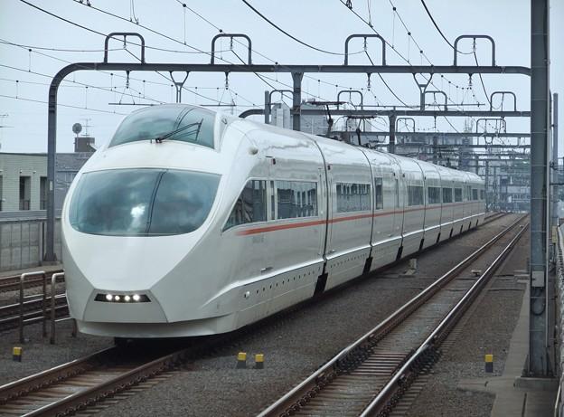 小田急ロマンスカーVSE50000形 50001F