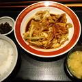 写真: おたふく回鍋肉キタお━(・...