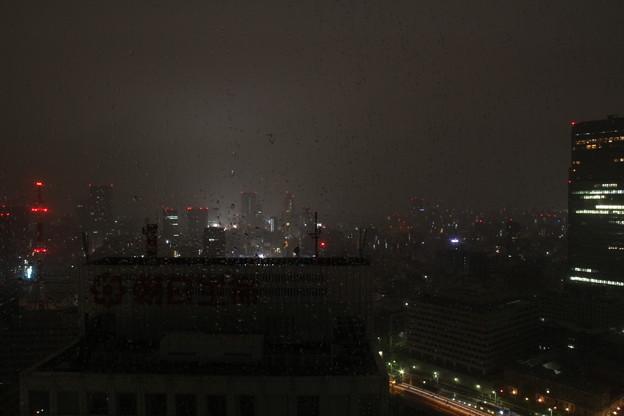 窓からの景色(4月30日から5月1日のインターバル撮影)3 5月1日