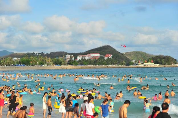 中国のハワイ 海南島で海水浴~~ (3)