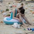Photos: ゴミ捨て場か?な深圳の海水浴場(笑) (2)