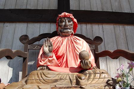 東大寺大仏殿 賓頭盧尊者像(びんずるそんじゃぞう)