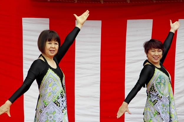 津久井湖さくら祭り06「ダンスをご披露」