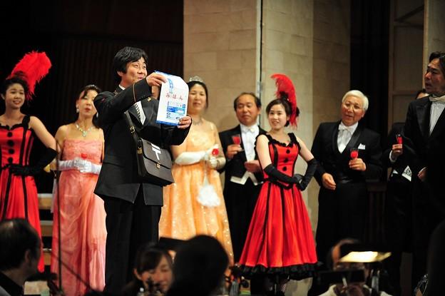 Photos: レハール 喜歌劇 メリーウィドウ