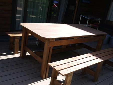 マリン父が作ったテーブル&椅子!(すげー!)
