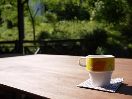 お外でカフェってのも良いね!