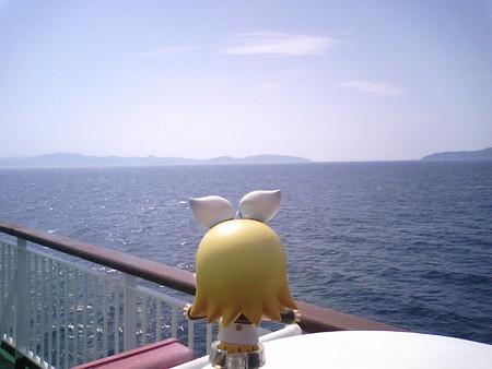 リン:「九州大陸が見えてきたゅ!!」