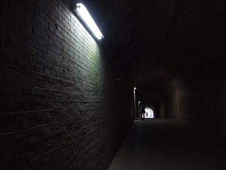 猿島の地下トンネル