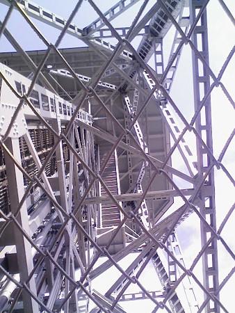 081027-テレビ塔 階段 (11)