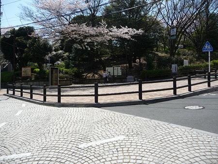 090409-野毛坂 (1)