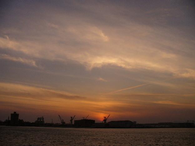 写真: 関西の夕暮れ2