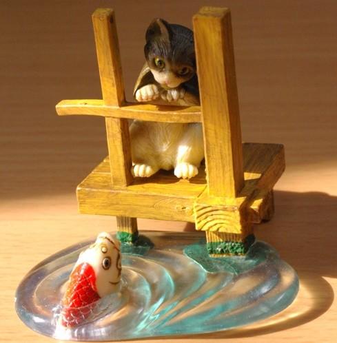 昭和ネコ池の鯉