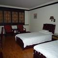 香木の調度 老街客桟(説明・注意あり) A three-star hotel beside Laojie Gate