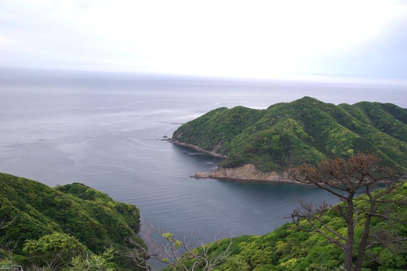 結石山城から海峡を望む