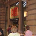 写真: DB フランクフルト中央駅 切符売場