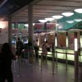 写真: DB フランクフルト中央駅 切符売場窓口