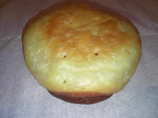 写真: 沖縄土産 紅いもケーキおもろ