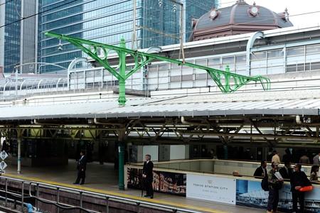 2014.04.18 東京駅 5.6番線ホーム 100年柱14本