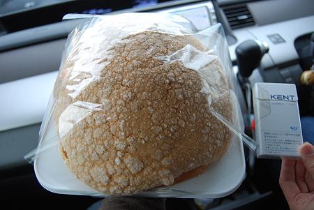 でかメロンパン