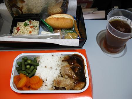 081123 帰りの飛行機の機内食