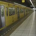 写真: 久しぶりの黄色い電車