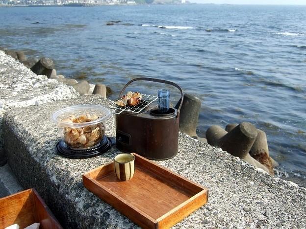潮風にあたりながら燗銅壺