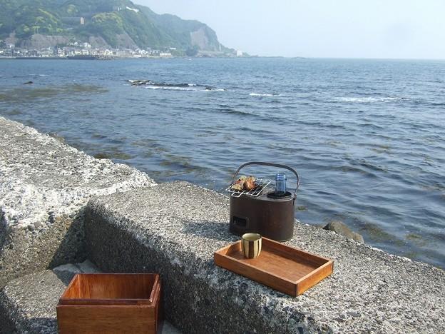 ここは館山 海辺の燗銅壺
