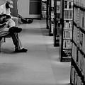 休日の図書館