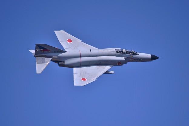 朝の百里基地 第302飛行隊F-4EJ改ファントム テイクオフ? ひねりで・・20140221
