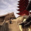 写真: 千畳閣への石段