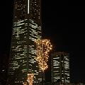 写真: 横浜・ランドマークタワー